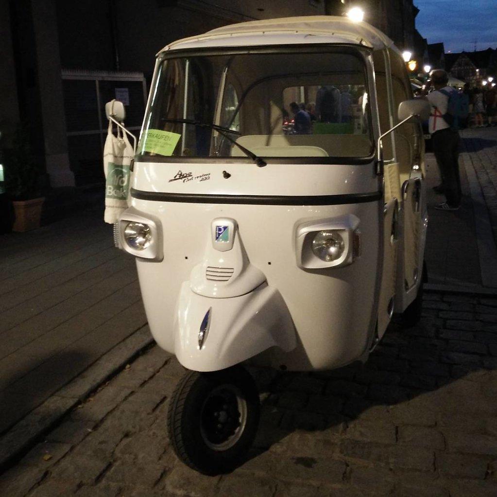 Fahrzeug mit Gesicht